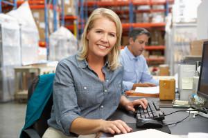 Female_CSR at desk_Small